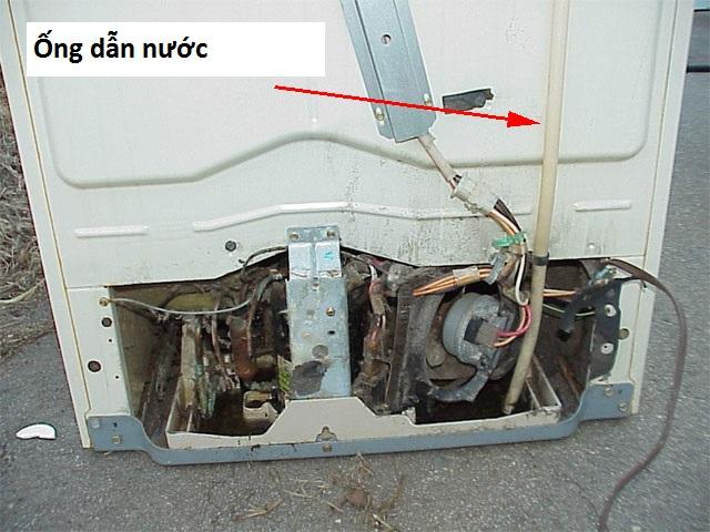ống thoát nước thải dàn lạnh